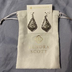 Kendra Scott Addie Earrings